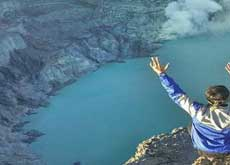 Standing at Ijen crater lake