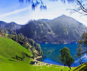 Camping at Kumbolo lake in East Java