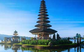 One of the many temples in Bali that you will visit during the Yogyakarta Malang Bromo Bali tour
