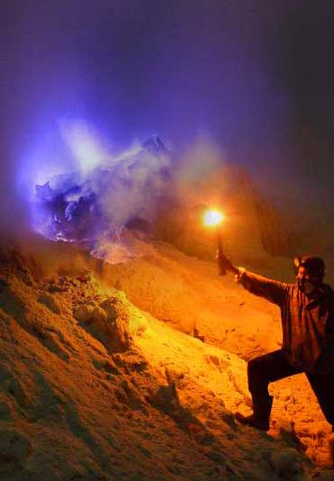 Blue fire phenomenon at the Ijen crater lake - East Java, Indonesia